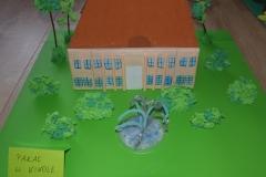 Pałac w Kikole grupa Słoneczniki